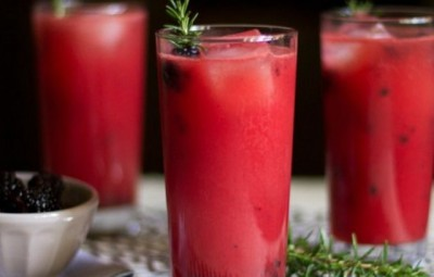 Smoothie raw revigorant, nutritiv si bogat in antioxidanti